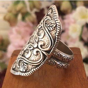 """Silpada .925 Sterling Silver """"Helen of Troy"""" Ring"""
